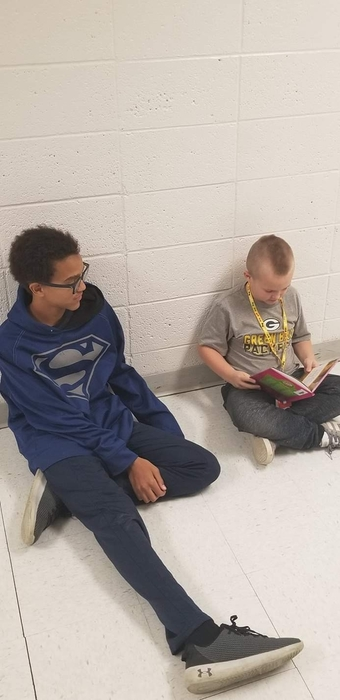 8th and 2nd Grade Reading Buddies