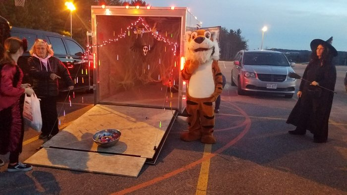 The Hillsboro Tiger Athletic Booster Club Trunk or Treat