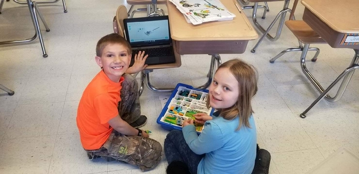 Fun with Lego WeDo 2.0 in second grade