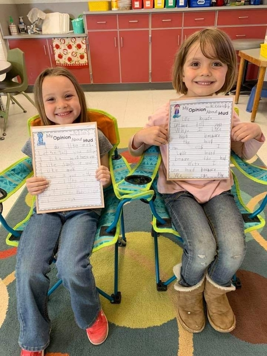 Kindergarten students opinion writing about mud
