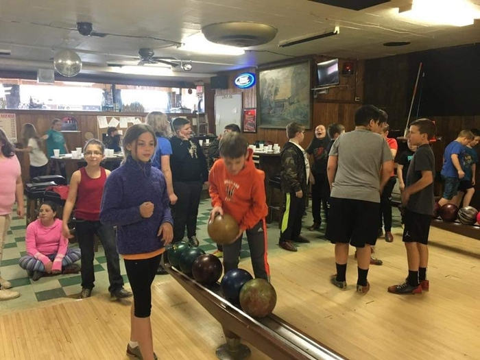 Fifth grade students celebrated doing their best on the Forward Exam by going bowling at Township Bowl