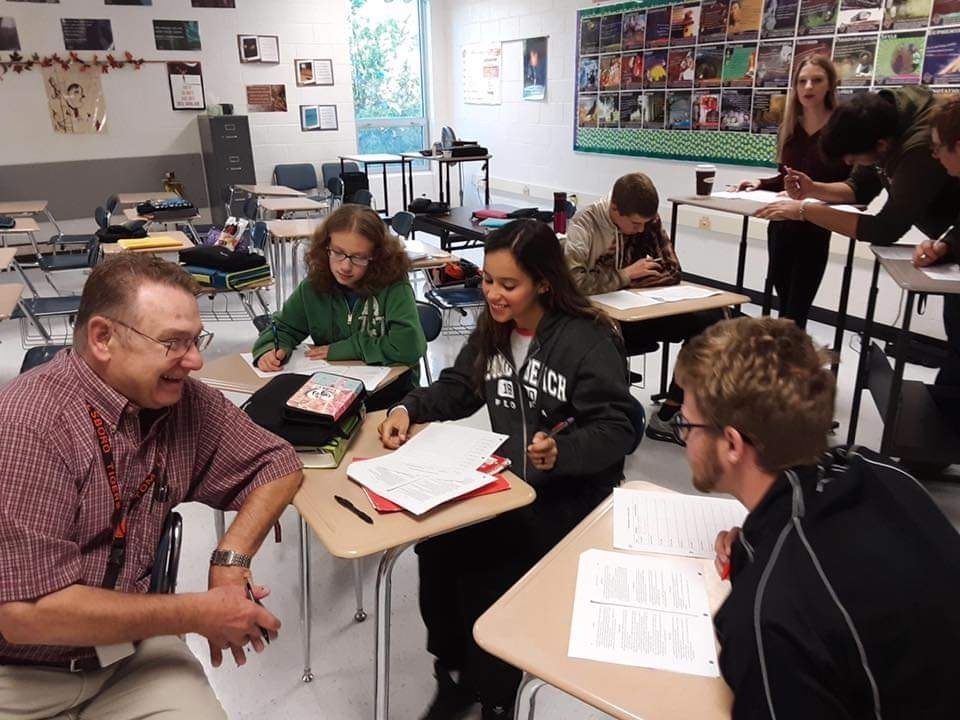 English 11 students are discussing short stories