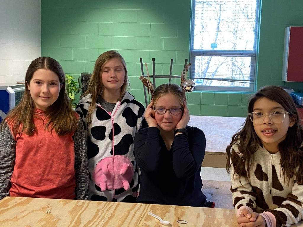 Maker Space to design reindeer antlers