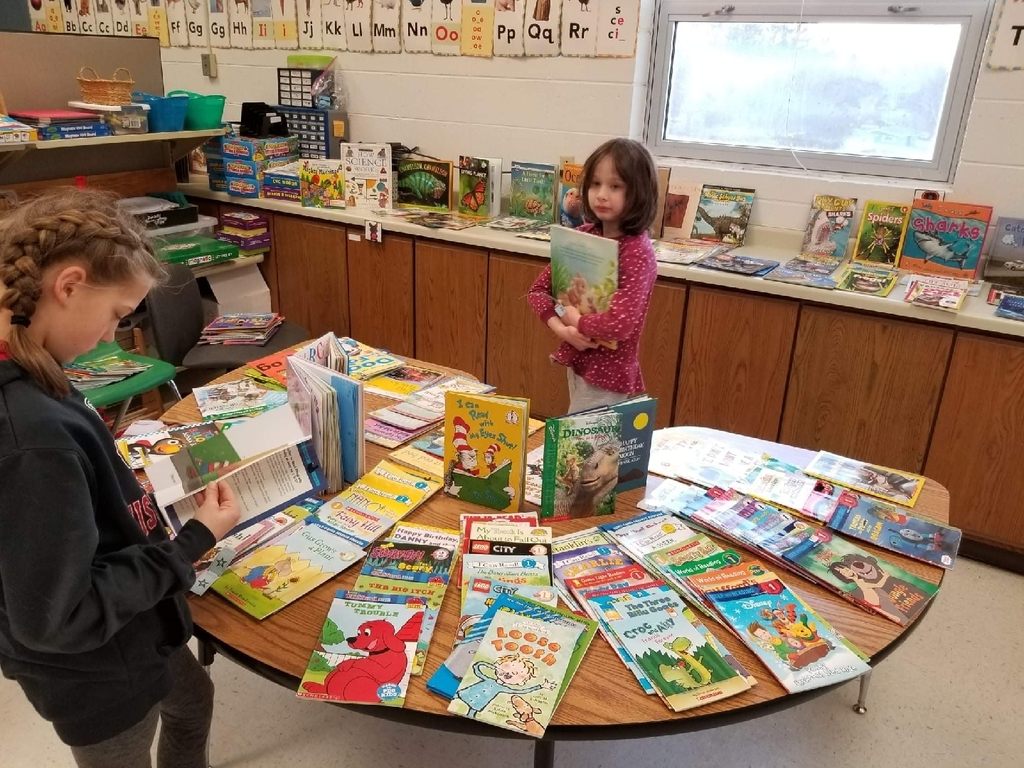 Elementary School Holiday book exchange