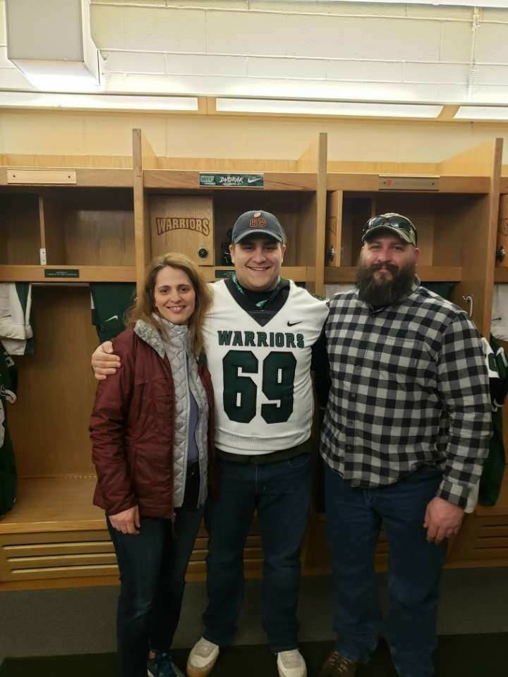 Kenton Dvorak commits to Wisconsin Lutheran